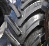 Free Photo - Fragment of tractor tyre