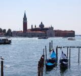Free Photo - Maggiore and gondolas