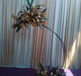 Free Photo - Curvy flower arrangement