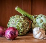 Free Photo - Fresh artichokes on rustic wood