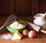 Free Photo - Baking cake ingredients