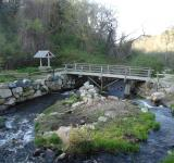 Free Photo - Bridge over stream