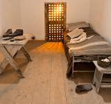 Free Photo - Glowing Prison Cell - HDR