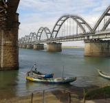 Free Photo - Rajahmundry bridge