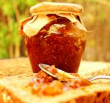 Free Photo - Fig jam on whole bread