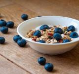Free Photo - Yogurt with superfood granola