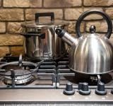 Free Photo - Pots on kitchen stove