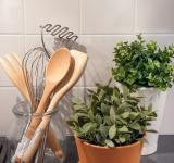 Free Photo - Wooden kitchen utensils