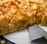 Free Photo - homemade apple pie