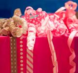 Free Photo - Gift wrapping with ribbons