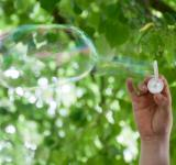 Free Photo - Blowing bubbles