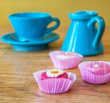 Free Photo - small cake and tea