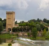 Free Photo - Fiume Arno and the Piazza Giuseppe Pozzi