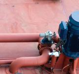 Free Photo - Large pump for Pumping Oil