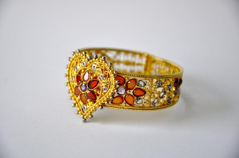 Free Stock Photo of Gold Bangle Created by Bilal Aslam