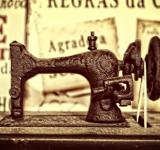 Free Photo - A vintage sewing machine from the 19th century