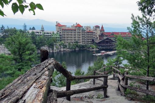 Mohonk Mouintain House Resort and Mohonk Lake - Free Stock Photo