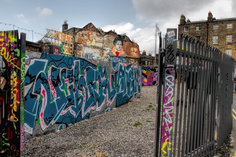 Urban Graffiti - Free Urban Stock Photos