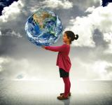 Free Photo - Child holding the world in her hands