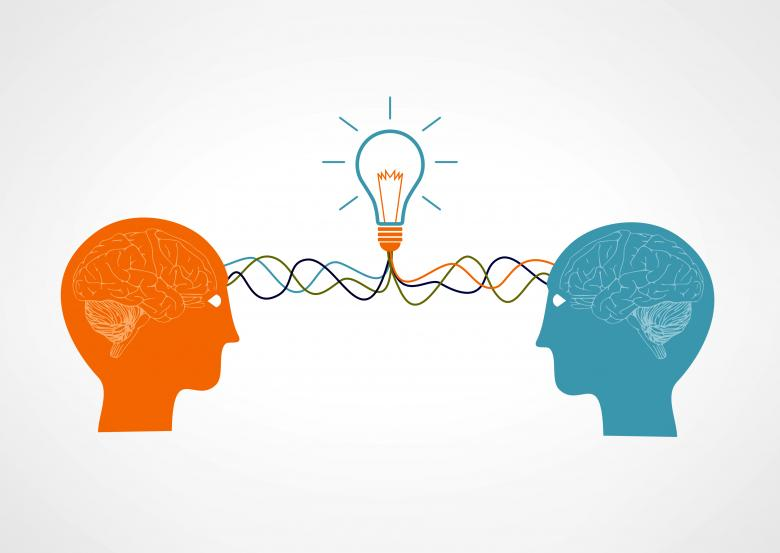 On the same wavelenght - Two brains having an idea - Free Business Illustrations