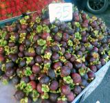 Free Photo - Mangosteen fruit stall