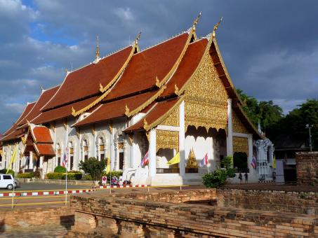 Chedi Luang  Temple - Free Stock Photo