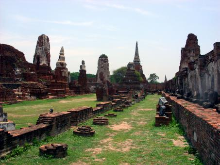 Ancient Siamese temple  ruins, Ayutthaya, Thailand  - Free Stock Photo