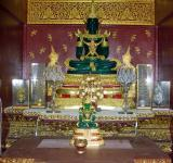 Free Photo - Thai Buddhist Temple Interior