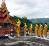 Free Photo - Statues of Buddha and followers