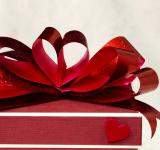 Free Photo - Red ribbon bow close up