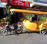 Free Photo - Cambodian tuk tuk taxi