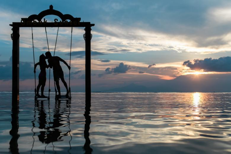 Free Stock Photo of Love Swing Created by Unsplash