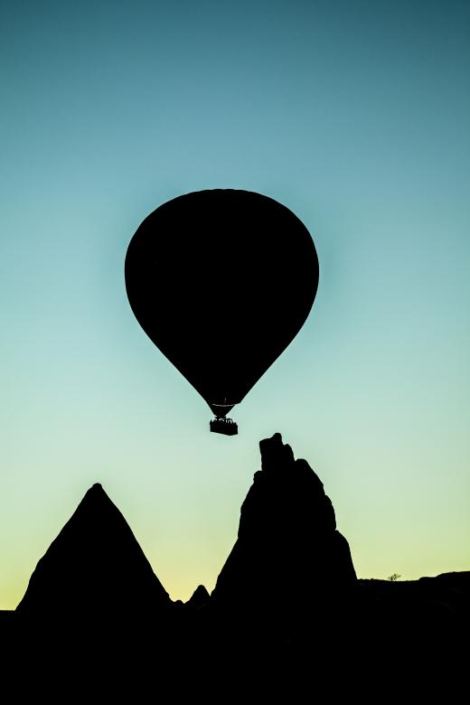 Free Stock Photo of Air Balloon Silhouette Created by Unsplash