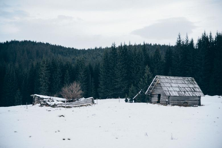 Free stock image of Old Cabin in Winter created by Unsplash