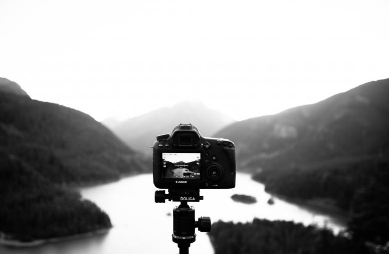 Free Stock Photo of Capturing the Landscape Created by Unsplash