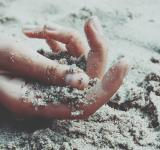 Free Photo - Sand In Hand