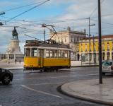 Free Photo - Yellow tram