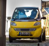 Free Photo - Yellow car