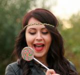 Free Photo - Girl eating Candy