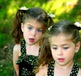 Free Photo - Sisters