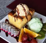 Free Photo - Honey Toast with Ice cream