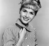 Free Photo - Debbie Reynolds