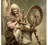 Free Photo - Old Lady Spinning