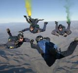 Free Photo - Colorful Skydiving