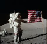 Free Photo - Astronaut on the Moon