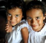 Free Photo - Twin Sisters
