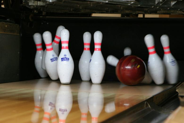 Bowling Alley - Free Stock Photo by Pixabay on Stockvault net