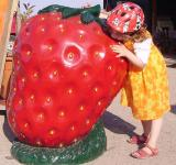 Free Photo - Strawberry Sculpture