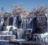 Free Photo - Memorial Waterfall