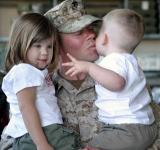 Free Photo - Soldier meeting with Kids